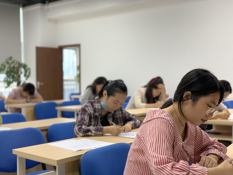同达英语考试选拔赛今天举行